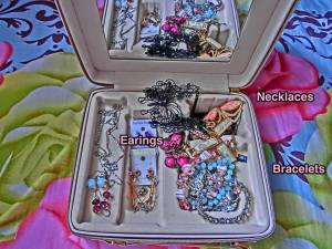 As a jewelry box .