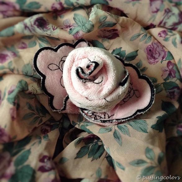 Anna Sui flower